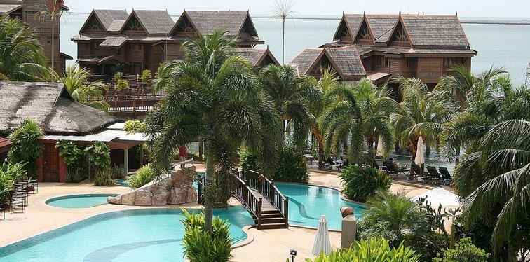 langkawi-lagoon-resort-about-hotel